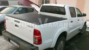 Крышка кузова виниловая трехсекционная, черная для Toyota Hilux